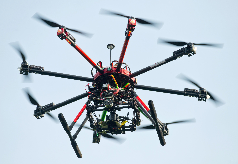 Fliegende Drohnen über Kernkraftwerken machen derzeit Frankreich nervös.