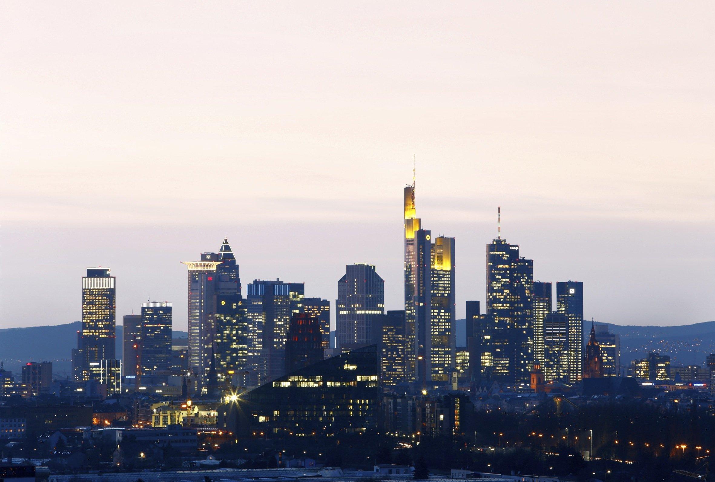 Blick auf die Hochhausstadt Frankfurt am Main: Das Deutsche Architekturmuseum erzählt in einer Ausstellung, wie es zu dieser für eine deutsche Stadt einzigartigen Entwicklung kam.