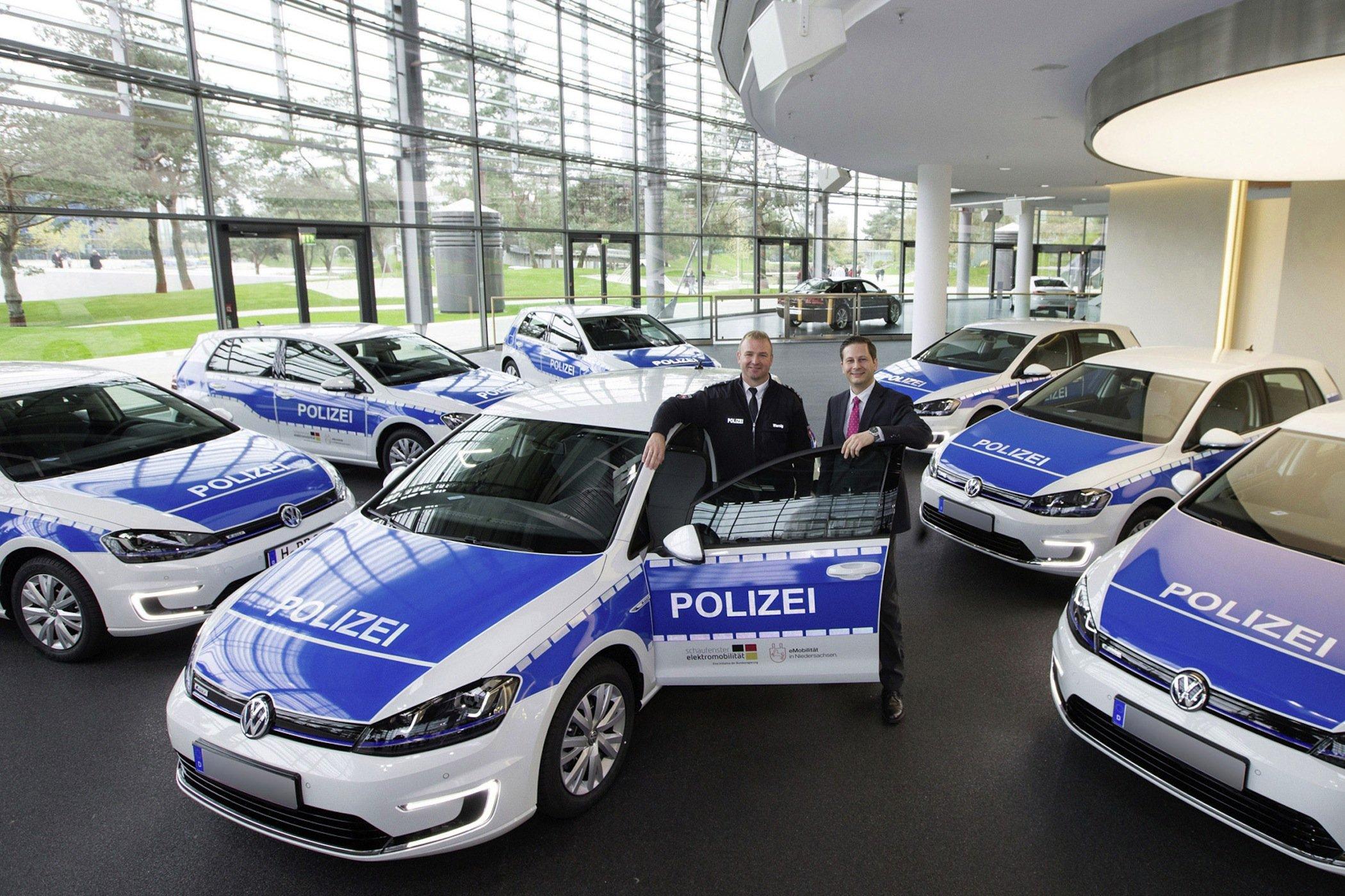 Das Land Niedersachsen hat sieben E-Golf-Modelle für die Polizei gekauft.