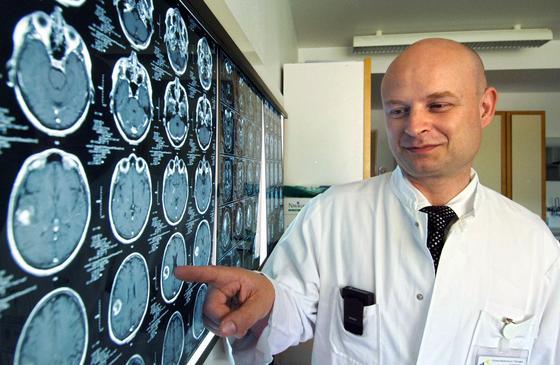 Um Hirntumore optimal zu behandeln, sind Mediziner auf die genauen Wachstumsdaten des bösartigen Gewebes angewiesen. Die soll zukünftig eine Software liefern – sogar in 3D.