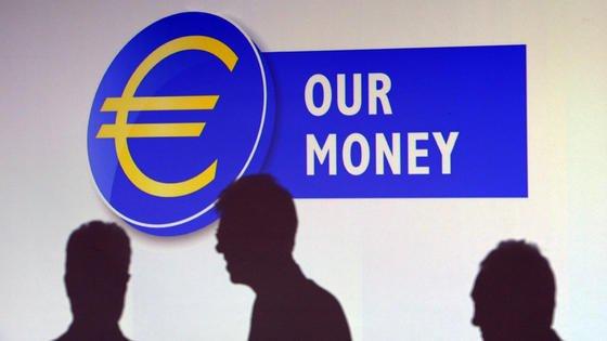 """Eine Woche nach Bekanntwerden der """"Luxembourg Leaks"""" hat Jean-Claude Juncker Vorschläge zur besseren Abstimmung der europäischen Steuerpolitikangekündigt."""