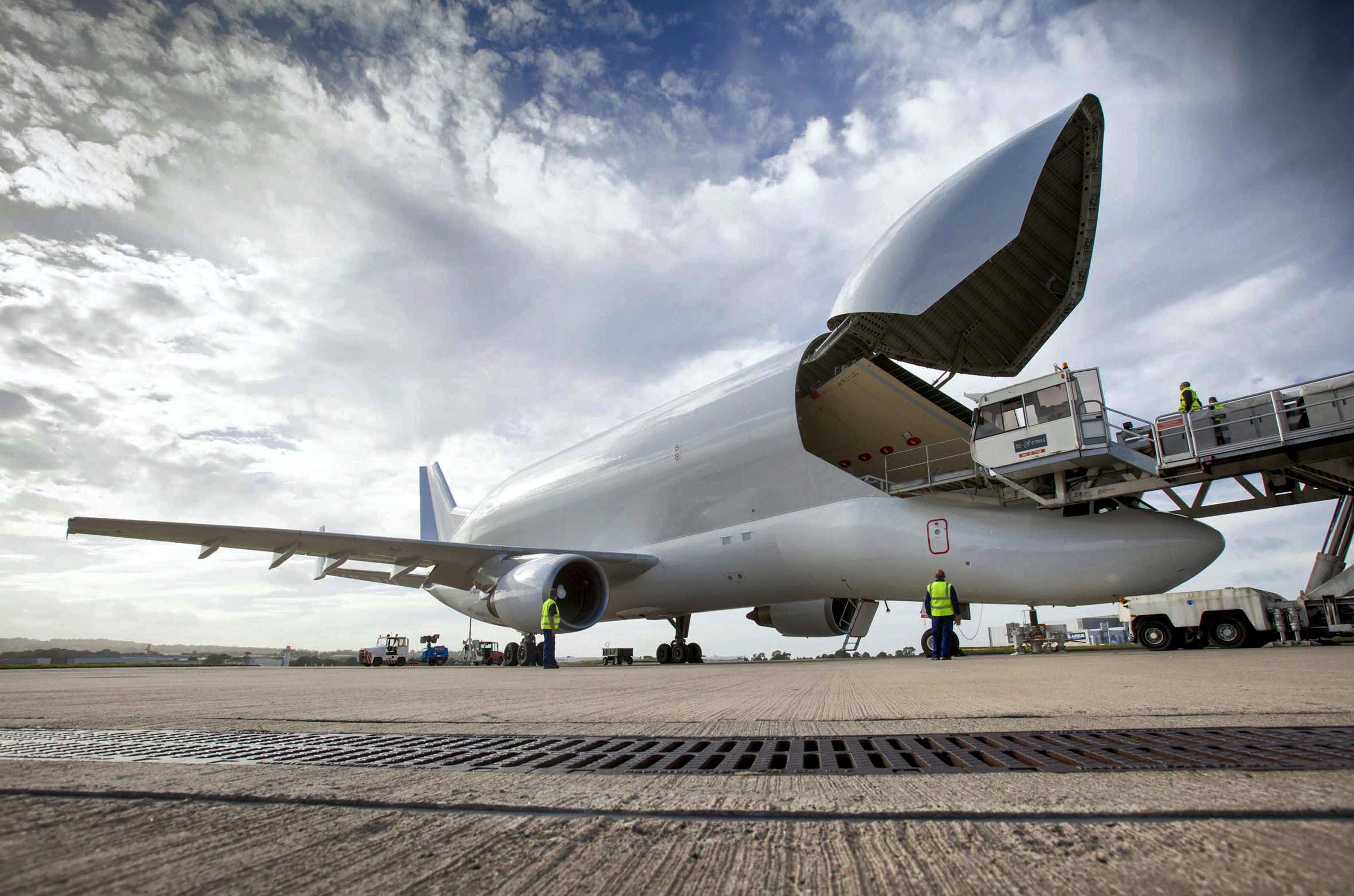 Der Erste der fünf neuen Belugas soll 2019 zum Einsatz kommen. 2025 geht dann die alte Flotte in Rente, die seit 1994 im Dienst ist.