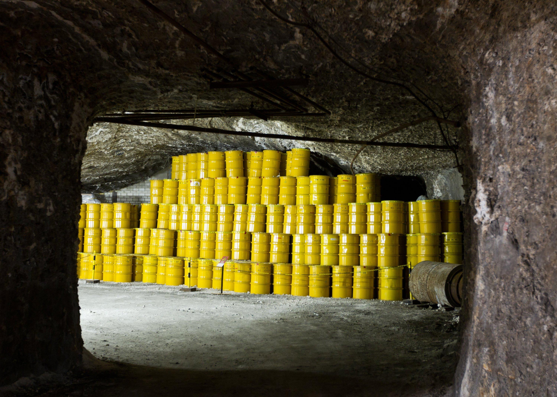 Atommüll in rund 500 Metern Tiefe im Endlager für schwach und mittelradioaktiven Atommüll in Morsleben: Im Endlager Morsleben lagern knapp 37.700 Kubikmeter Atommüll aus Forschungseinrichtungen und früheren Kernkraftwerken. Innerhalb der kommenden Jahre soll das Lager stillgelegt und komplett versiegelt werden.