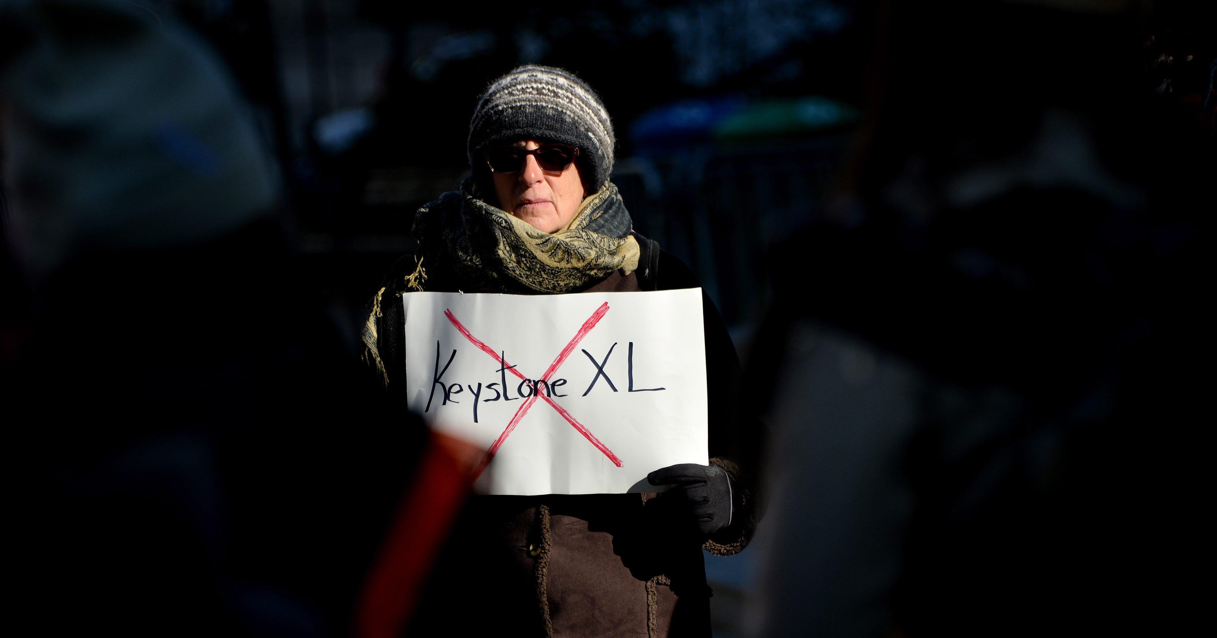 Protestaktion gegen den Pipelinebau. Die 1900 Kilometer lange Verbindung würde Öl aus kanadischen Teersanden zu texanischen Raffinerien bringen. Die Ölsandgewinnung stößt bei Umweltschützern auf scharfe Kritik.