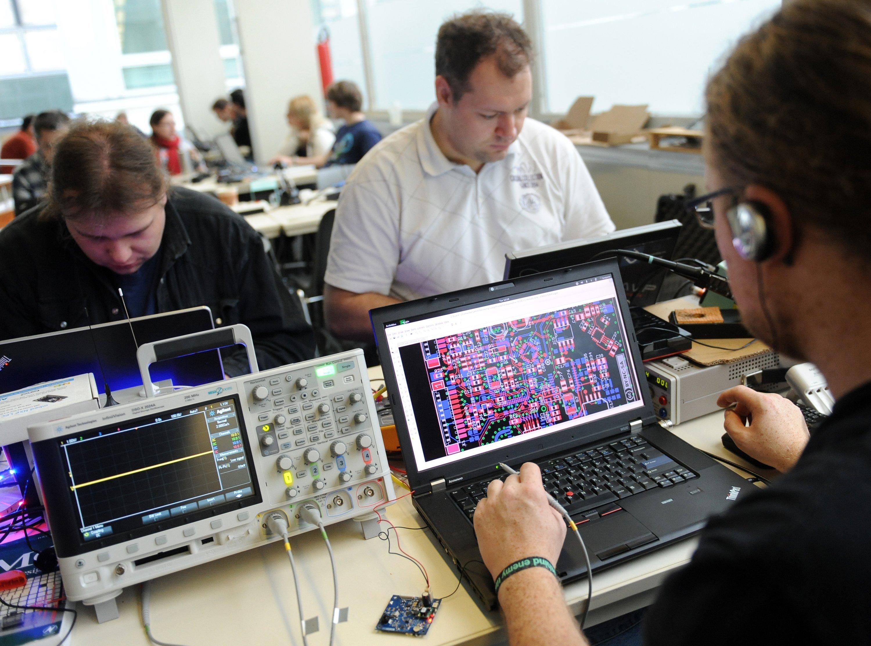 Teilnehmer des Jahreskongresses des Chaos Computer Clubs im Berliner Congress Center. Auf der Veranstaltung wurden unter anderem Vorträge zu Netzpolitik, Datenschutz, und IT-Sicherheit gehalten.