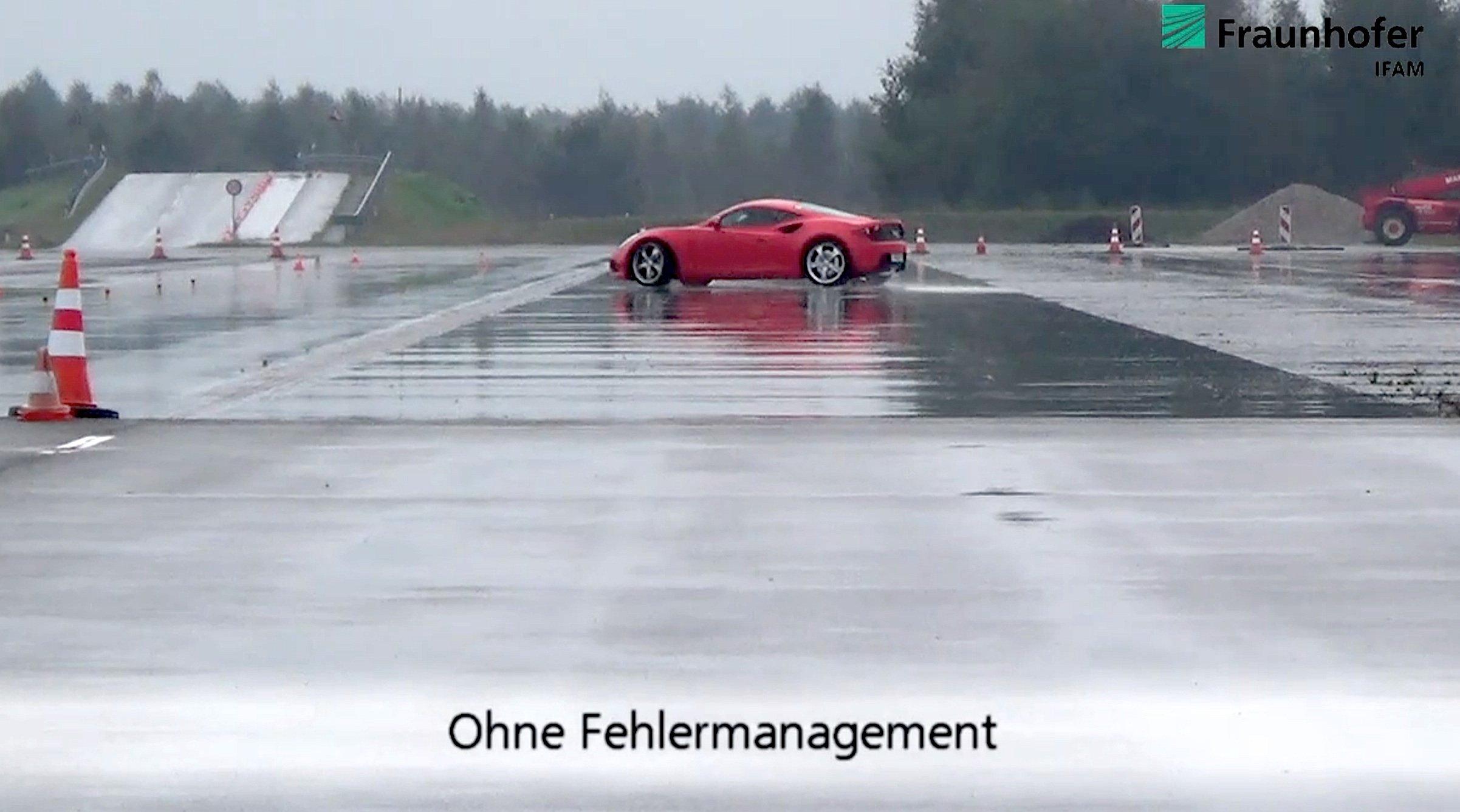 Ohne Korrektursystem brach der Testwagen bei Problemen mit den Radnabenmotoren aus.