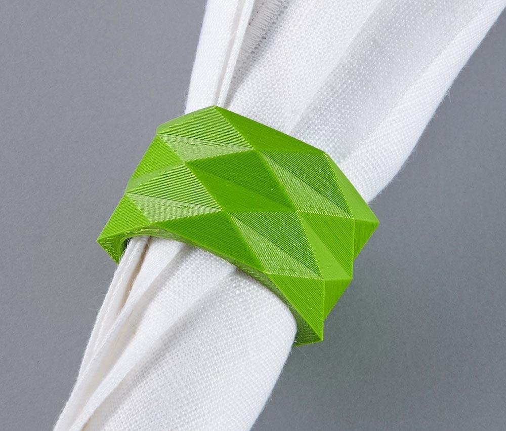 Mit dem 3D-Drucker für Einsteiger lassen sich beispielsweise Serviettenringe herstellen.
