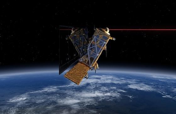 Das Laserkommunikations-Terminal (LCT)hat das Potential, Datenmengen von bis zu 1,8 Gigabit pro Sekunde über eine Distanz von bis zu 45.000 Kilometern zu transportieren.