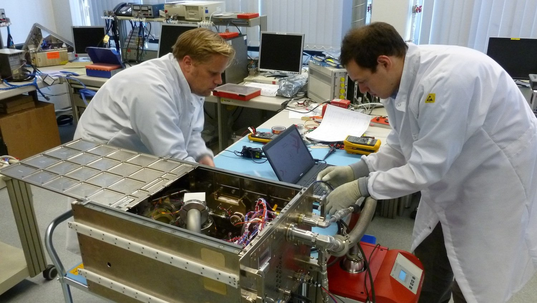 Das Magvector/MFX-Experiment wurde bei Airbus Defence & Space in Bremen gebaut. Auf der ISS soll es die Geheimnisse des Schutzschilds der Erde lüften.
