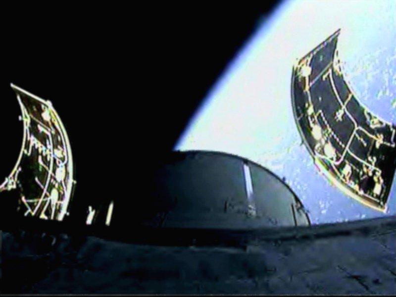 Blick von der Orion zurück in Richtung Erde.