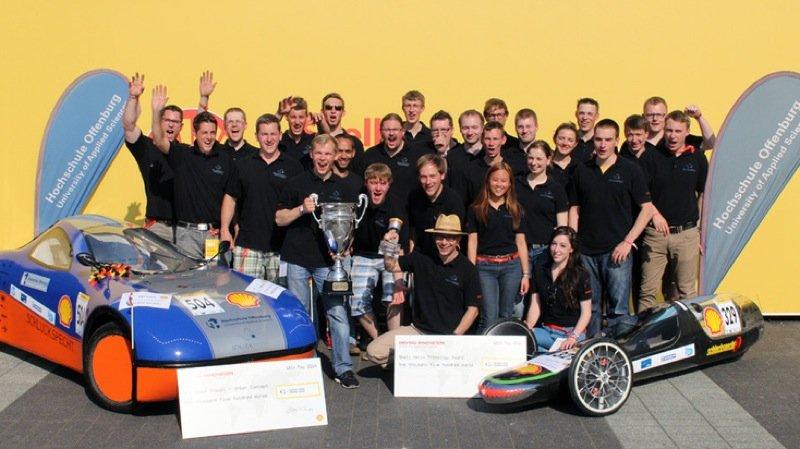 Beim Shell Eco-Marathon in Rotterdam hat das Team Schluckspecht einen neuen weltweiten Rekord aufgestellt.