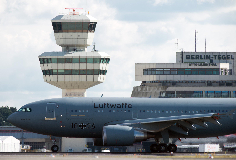 Flughafen Berlin-Tegel: Nach einem Bericht der Bild am Sonntag sollen hier noch einmal 20 Millionen Euro in die Modernisierung gesteckt werden.
