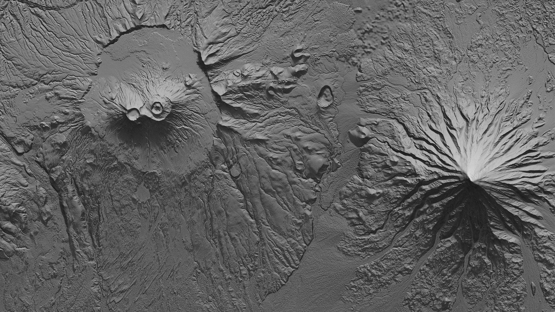 Die Krascheninnikov Caldera und der Kronotsky Vulkan als schattierte Reliefkarte: Derartige Karten auf Basis der Satellitendaten von TanDEM-X ermöglichen Analysen zu möglichen Lavaströmungen, um gefährdete Gebiete zu kartieren.
