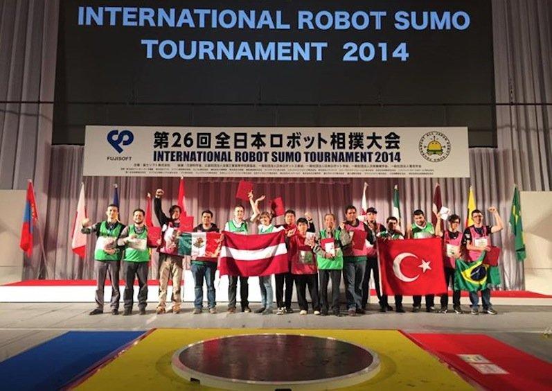 Die stolzen Teilnehmer 2014...