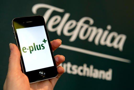 Nach der Übernahme von E-Plus willTelefónica Deutschland bis 2017 die gleiche Netzqualität anbieten wie Konkurrenzunternehmen.