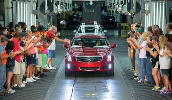 Cadillac-Produktion im US-Werk in Lansing, Michigan: Inzwischen hat GM 30 Millionen Fahrzeuge wegen Qualitätsproblemen in die Werkstätten zurückgerufen.