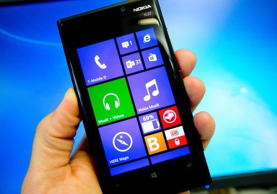 Bislang setzen wenige Smartphone-Hersteller auf das Betriebssystem Windows-Phone. Entscheidet sich Sony für eine Kooperation, könnte Microsoft die Distanz zu Google und Apple verkürzen.