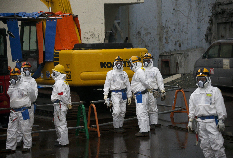 Fast vier Jahre nach der Fukushima-Katastrophe ist immer noch unklar, was mit dem radioaktiv verseuchten Wasser genau passieren soll.