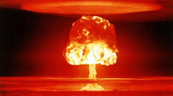 Zwar ist der Wert der gemessenen Plutonium-Konzentration in der Stratosphäre 100-fach geringer als 1974. Doch ist er immer noch 100.000-fach höher als im Bereich des Erdbodens. Bei Vulkanausbrüchen können Partikel auch in Erdnähe gelangen.