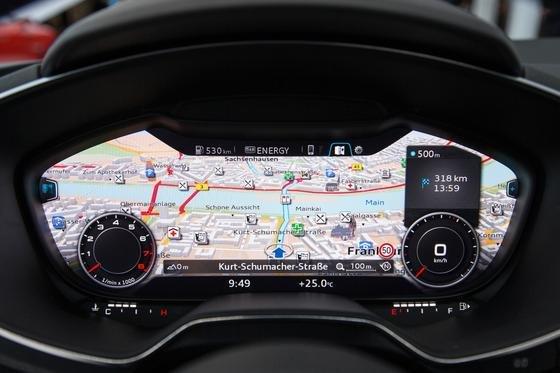 Mit dem neuen virtuellen Cockpit soll der Innenraum des Audi TT noch mehr an ein Flugzeug erinnern.