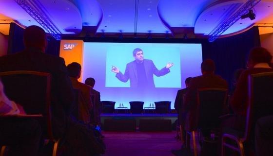 Die Plattform HANA ist das Kernstück der Cloud-Strategie von SAP – der damalige Technik-Vorstand Vishal Sikka präsentierte sie noch im März in den USA.