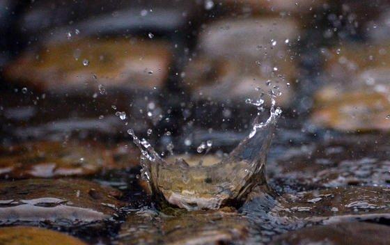 Wissenschaftler der Universität Kassel haben zusammen mit italienischen Kollegen eine Studie erstellt, die den erwartbaren Anstieg des Wasserverbrauchs einbezieht. Ergebnis: Europa droht ein dramatischer Wassermangel. Auch Deutschland muss sich darauf einstellen.