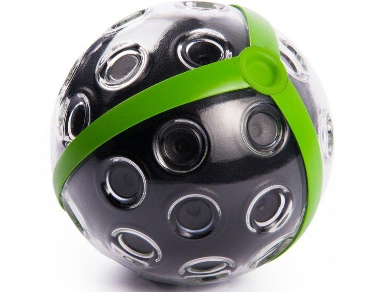 Die 360-Grad-Bilder lassen sich sofort auf dem Smartphone oder Tablet ansehen. Mit Wischbewegungen kann sich der Betrachter in den Bildern bewegen. Die Kamera soll im September auf den Markt kommen und rund 671 US-Dollar kosten.