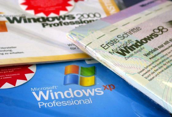 Im Kampf gegen Hacker haben XP-Nutzer noch bis Juli 2015 Rückendeckung von Microsoft. Bis dahin sollten sie auf einen Nachfolger umsteigen. Etwa auf Windows 9, das 2015 das gefloppte Windows 8 ablösen soll.