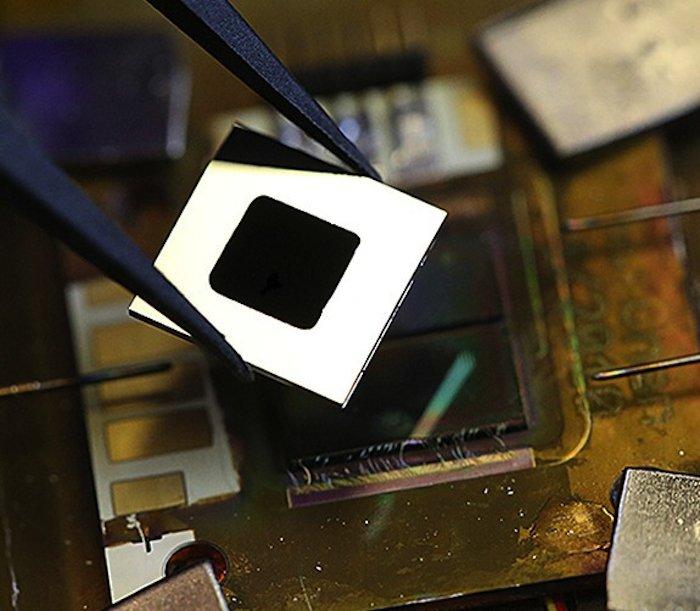 Die Ingenieure am MIT haben mit Hilfe der Nanotechnik eine Solarzelle entwickelt, die Hitze in elektrischen Strom umwandelt. Jetzt sollen Tests mit größeren Zellen starten.