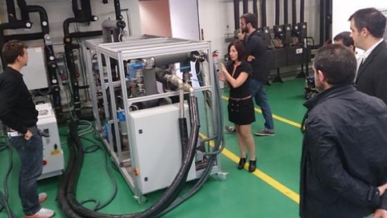 Partner der Initiative RenewIT beim Kick-off-meeting Ende Oktober in Barcelona. Gemeinsam wollen sie erneuerbare Energien für Rechenzentren wirtschaftlicher machen. Wissenschaftler der Universität Chemnitz tragen Know-how zu alternativer Kühltechnik bei.