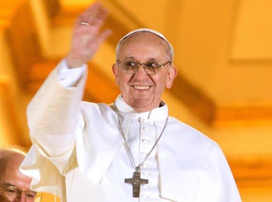 Papst Franziskus: Der Heilige Vater steht den modernen Kommunikationsmitteln durchaus offen gegenüber, warnt aber gleichzeitig vor deren Gefahren.