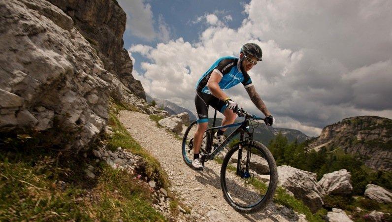 Auch bei sportlichen Rädern wie den Mountainbikes ist die elektrische Unterstützung zunehmend häufiger gefragt.
