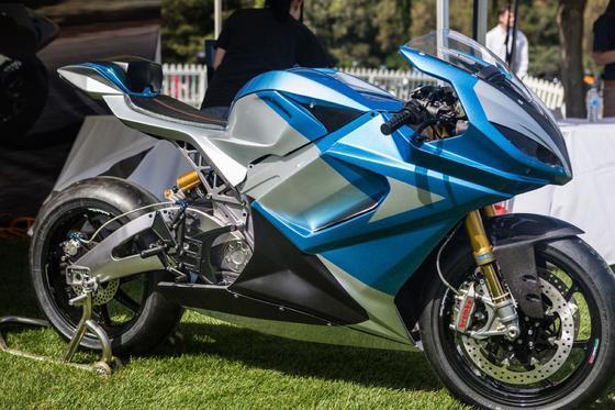 Das superschnelle Elektromotorrad Lightning LS-218 geht in Serie. Voraussichtlich ab Juli ist es für umgerechnet 28.000 Euro zu haben.