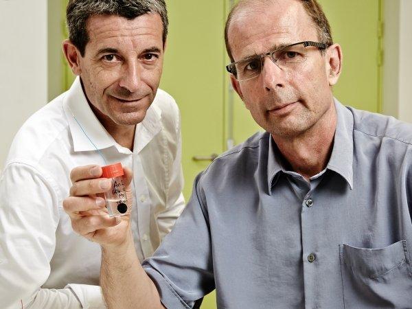 Forschen an Herzschrittmachern: Philippe Cinquin (r.) und Serge Cosnier.
