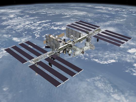 Auf der Internationalen Raumstation ISS leben jetzt auch Goldfische und Würmer. Mit ihnen werden Experimente zur Schwerelosigkeit durchgeführt.