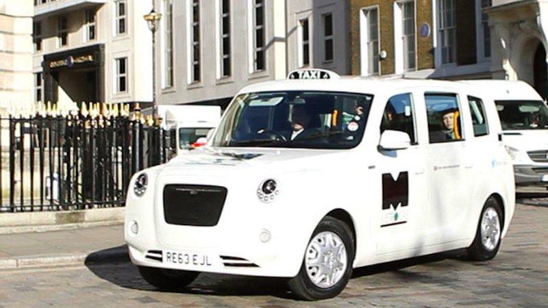 Fährt ebenfalls elektrisch: der Metrocab von Frazer Nash.