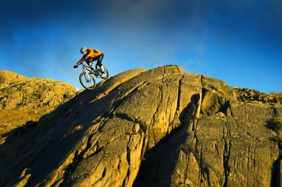 Mountainbike des britischen Herstellers Empire Bikes mit im 3D-Drucker gefertigtem Stahlrahmen: Das Fahrrad ist so stabil, dass es Belastungstests schon unbeschadet überstanden hat.