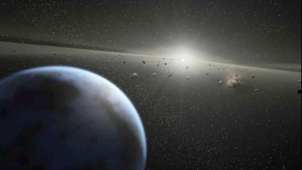 Asteroiden nähern sich der Erde mit einer Geschwindigkeit von typischerweise fünf bis 30 Kilometern in der Sekunde. Tausende der erdnahen Objekte (Near Earth Objects, NEO) wurden in den vergangenen 20 Jahren entdeckt.