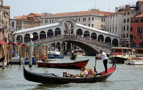 Weltkulturerbestätten wie Venedig sind vom Anstieg des Meeresspiegels betroffen.
