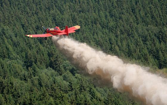 Britische Forscher haben vier neue Ozonkiller in der Atmosphäre entdeckt. Sie vermuten, dass diese als Chemierohstoffe beispielsweise für die Insektizid-Produktiondienen könnten.