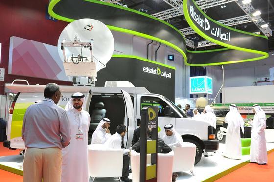 Messestand der arabischen Mobilfunkgesellschaft Etisalat: Bei einer Versteigerung in Dubai brachte die Nummer 050/7777777 rund 1,5 Millionen Euro ein.