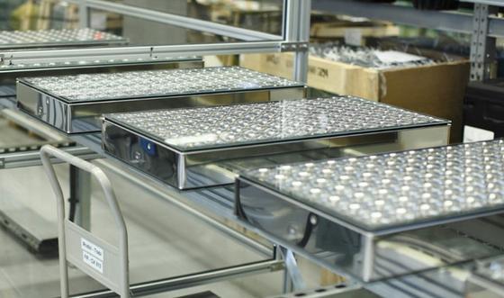 Konzentrator-Photovoltaikmodule von Concentrix Solar.