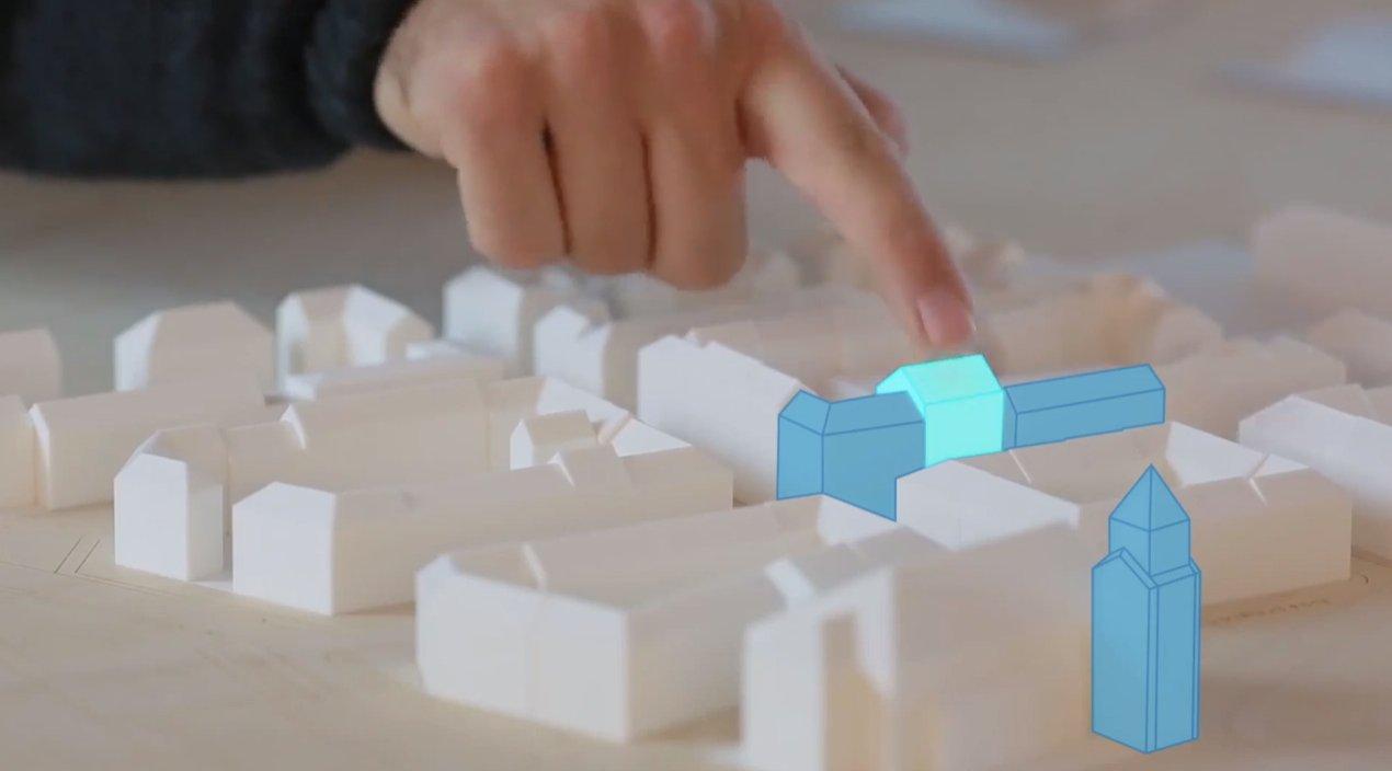 Architekten können mit der neuen Technik digitale 3D-Entwürfe in vorhandene Modelle projizieren.