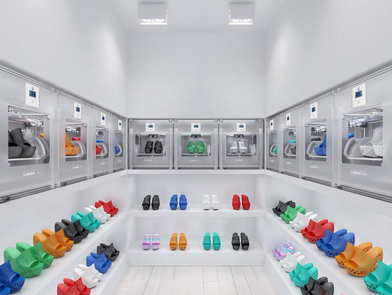 Showroom des finnischen Designers Janne Kyttanen in Amsterdam: Das gewünschte Paar kann gleich vor Ort in der richtigen Größe hergestellt werden.