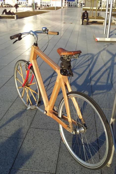 Fällt optisch schon ein wenig ab, das NaWaRo-Fahrrad der TU Berlin.
