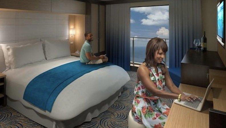 Die Kabine des Kreuzfahrtschiffs Quantum of the Seas verfügt über ein virtuelles Fenster, das das Livebild der Außenkameras anzeigt.
