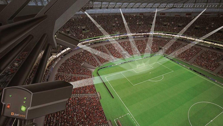 Torlinientechnik des deutschen Unternehmens Goal Control: Sieben Hochgeschwindigkeitskameras haben das Tor im Blick und können genau berechnen, ob ein Ball die Torlinie überschritten hat. Das System wird von der Fifa bei der Fußball-WM in Brasilien eingesetzt. Die Bundesliga hat sich jetzt gegen die Einführung einer Torlinientechnik entschieden.