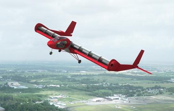 FanWing ist ein Flugzeug, das oberhalb der Tragflächen Rotorblätter besitzt, die den Tragflächen Luft zuschaufeln.