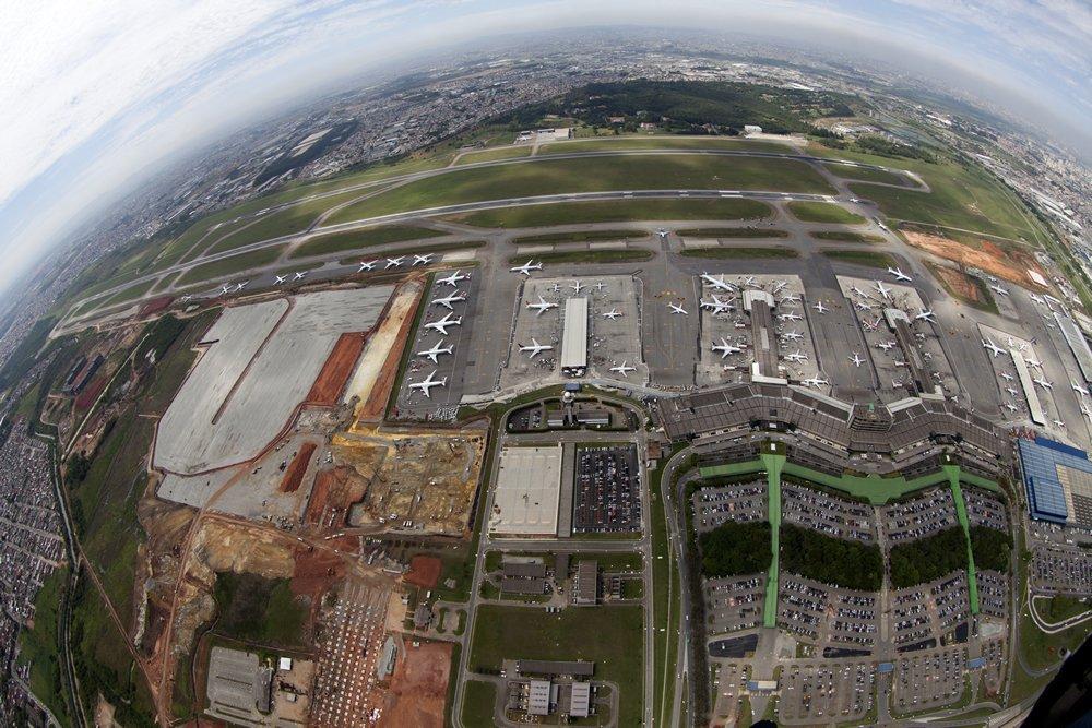 Flughafen in Saõ Paulo: Der GRUAirport wurde bei einem Ranking noch im Januar unter die Top Ten der schlimmsten Flughäfen weltweit gelistet. Das neue dritte Terminal soll dem veralteten Flughafen Auftrieb geben.