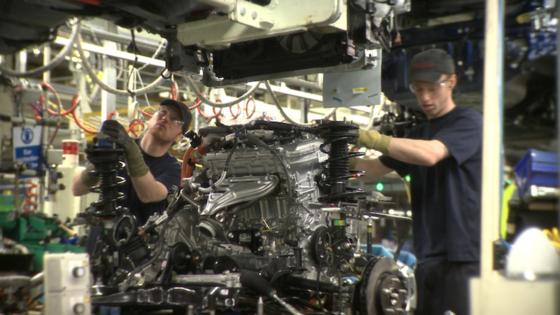Toyota arbeitet daran, konventionelle Motoren durch hohe Verdichtung effizienter zu machen. Bis 2020 will der größte japanische Autobauer der Wärmewirkungsgrad auf 50 Prozent anheben.